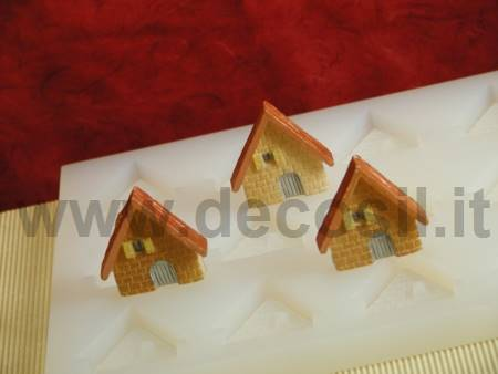 Small Houses Mold